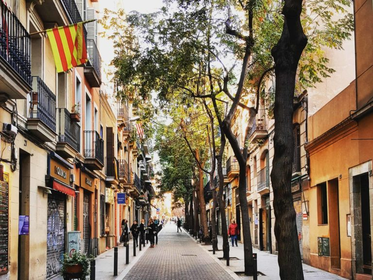 A weekend trip through Gràcia's district